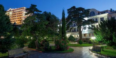 Отель «Riviera Sunrise Resort & SPA», Алушта